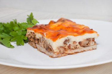 мясо под соусом бешамель