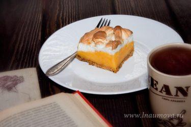 пирог с лимонным кремом и меренгой