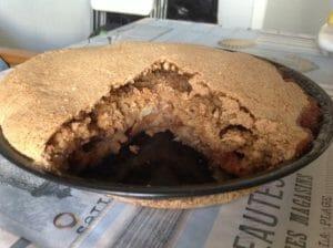 Яблочный пирог с корицей
